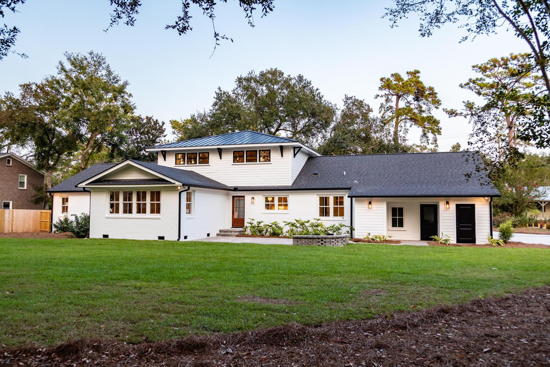 956 Lakeview Drive Mount-large-010-001-W4A2190-1500x1000-72dpi (1)